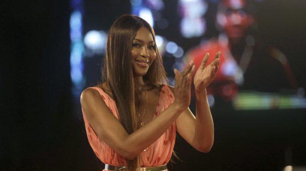 Amadeus: Naomi Campbell aprirà Sanremo