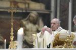 Papa Francesco celebra la Santa Messa nella solennità dell'Epifania nella Basilica di San Pietro