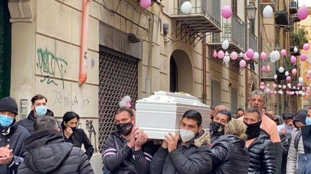 Un momento dei funerali della piccola Antonella a Palermo, 26 gennaio 2021. ANSA