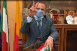 Messina, De Luca si dimette... ma non si dimette