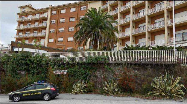 501 hotel, vibo, Camillo Falvo, Concettina Iannazzo, Catanzaro, Cronaca