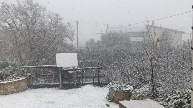 cosenza, neve, ordinanza, scuole chiuse, Mario Occhiuto, Cosenza, Cronaca