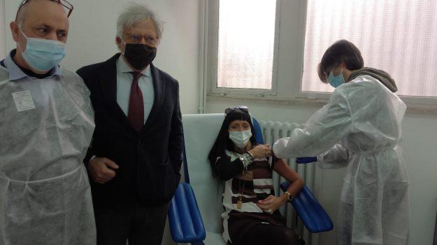 vaccino, Reggio, Cronaca