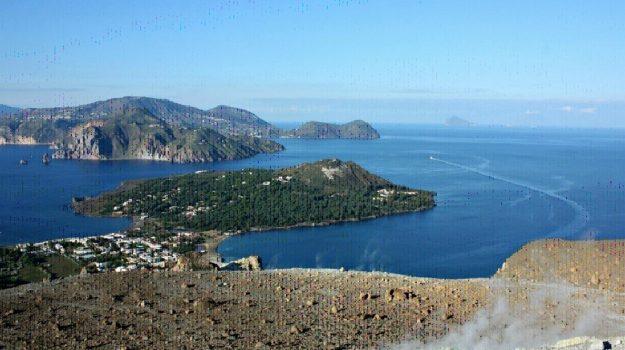 eolie, turismo, Messina, Economia