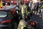 Cutro, incidente stradale: provvidenziale intervento dei vigili del fuoco - VIDEO