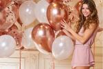 Camila Giorgi, brava e bella: ecco gli auguri natalizi... in lingerie - FOTO
