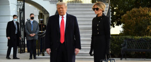Melania, addio da First Lady con una borsa Hermes da 70mila dollari