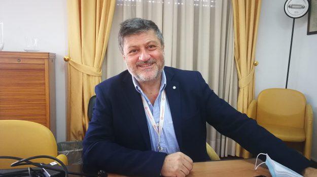 decalogo, economia, Francesco Vito, Messina, Economia