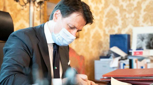 crisi di governo, fiducia, Giuseppe Conte, Matteo Renzi, Sicilia, Politica