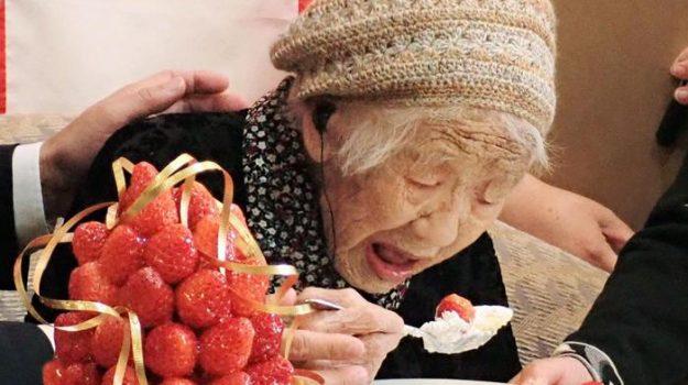 118 anni, donna, fukuoka, giappone, olimpiadi, record, Kane Tanaka, Sicilia, Mondo