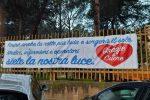 """""""Medici e infermieri, grazie"""", scritta davanti Covid Hospital di Partinico"""