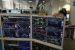 Il Covid manda giù le Borse. Piazze europee in affanno. Milano perde l'1,6%