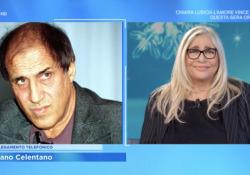 Adriano Celentano a Domenica In: «Io e Claudia siamo chiusi in casa da un anno. Ci vaccineremo» Il molleggiato in collegamento telefonico a sorpresa con «Domenica In» su Rai1 - Corriere Tv