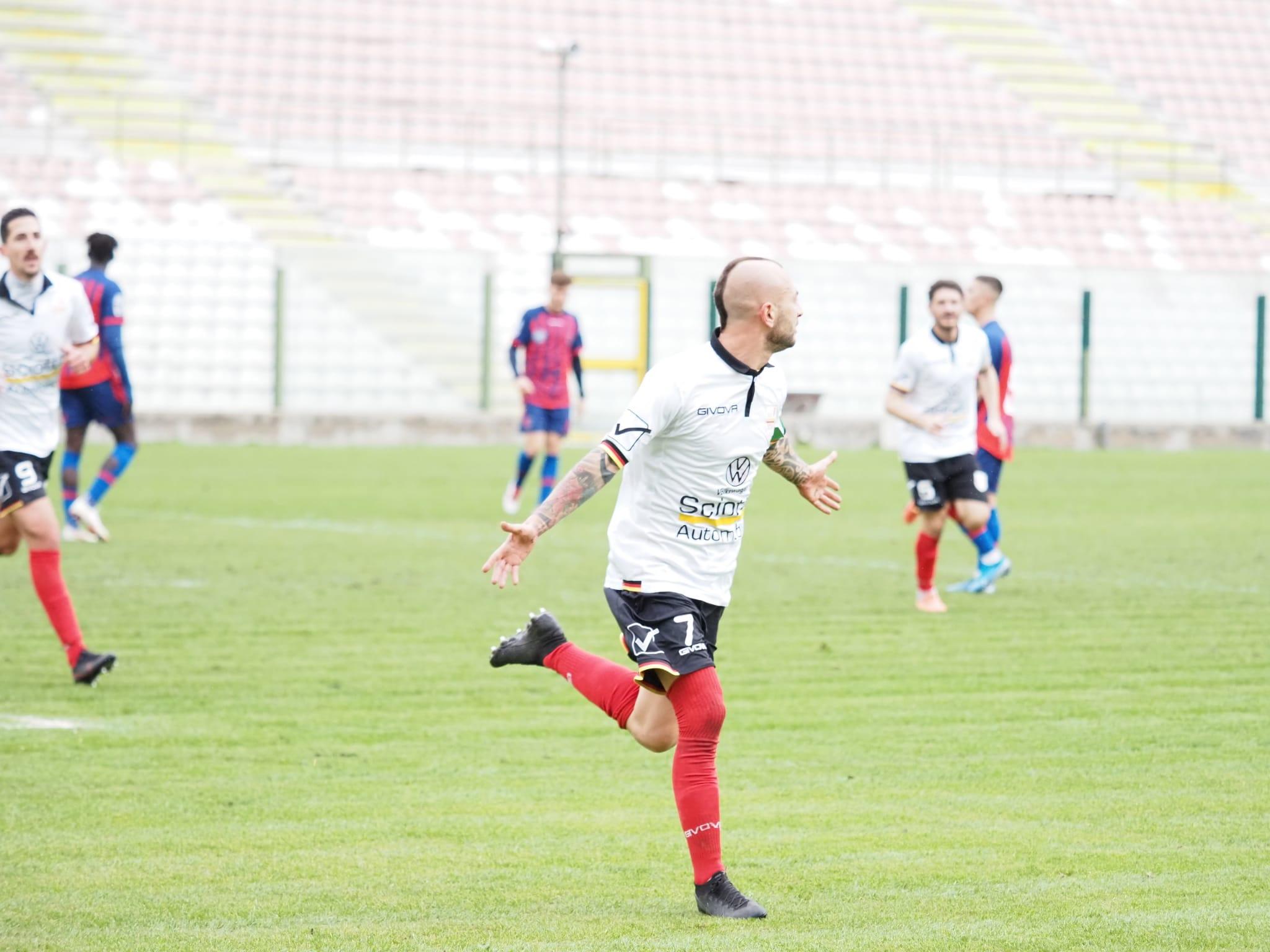 Pioggia di gol dell'Acr Messina sul Troina: finisce 6-0 ...