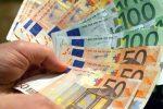 Un milione euro sotto il materasso e in una scatola di biscotti. Provento di evasione fiscale