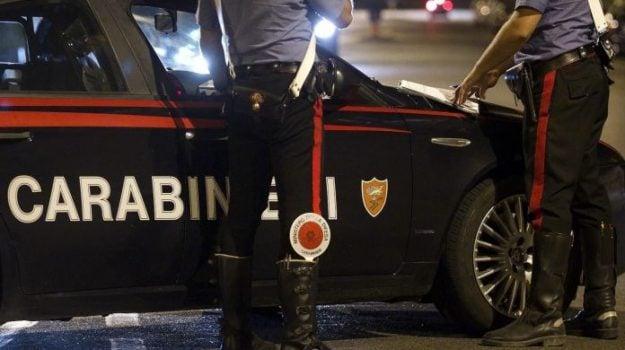 aggressione, carabinieri, scalea, Cosenza, Cronaca