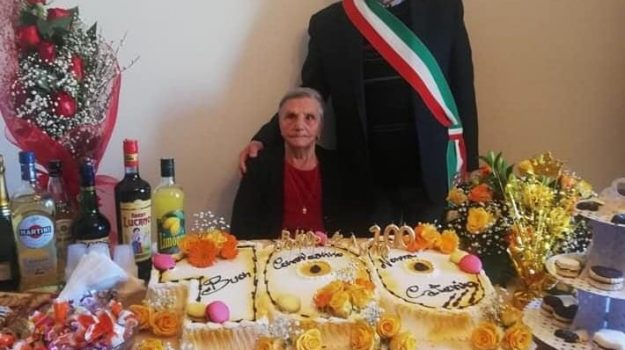 aieta, zia caterina 100 anni, Cosenza, Cronaca
