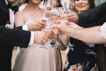 Fulmine colpisce un'imbarcazione durante una festa di nozze, 17 morti