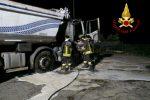 Chiaravalle, camion in fiamme nella notte. Non si esclude l'ipotesi dolosa