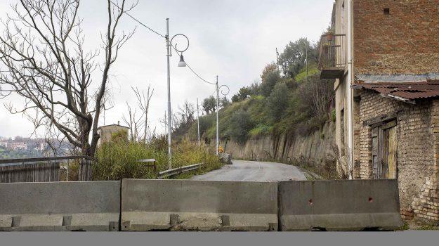 cosenza, portapiana, strada chiusa al transito, Cosenza, Cronaca