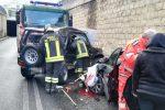 Catanzaro, rocambolesco incidente su viale De Filippis: un ferito grave - FOTO