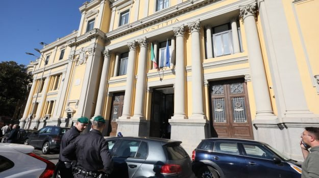 operazione basso profilo, Rocco Guglielmo, Umberto Gigliotta, Catanzaro, Cronaca