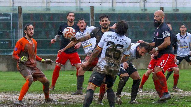 Rende-Acr Messina: seconda vittoria di fila biancorossa, secondo ko stagionale dei biancoscudati
