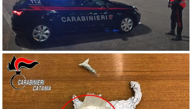 arresti, droga, giarre, reggiseno, Sicilia, Cronaca