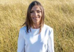 «È la vita che conta», il nuovo singolo di Loredana Errore - Corriere Tv