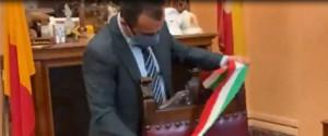 Messina, cosa farà il sindaco De Luca? Resta o si dimette? Domani la scelta