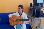 """Messina, è Federica il """"camice bianco"""" che cura... cantando"""
