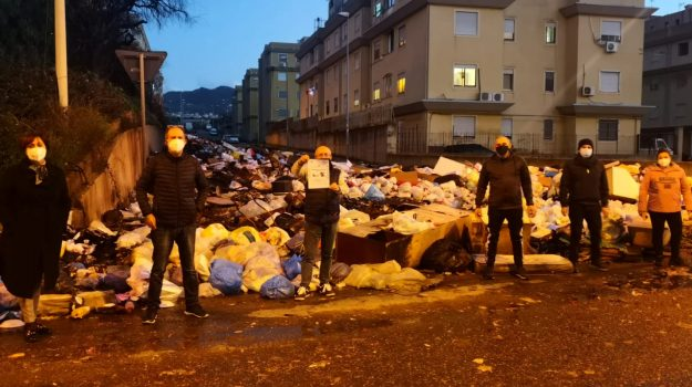 protesta, reggio calabria, rifiuti, Reggio, Cronaca