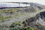Cosenza, 3 metri tra la ferrovia e la frana: immagini choc da Fuscaldo. IL VIDEO