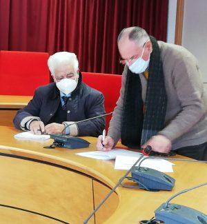 Il neo assessore Angelo Nostro con il sindaco di Gioia Tauro Aldo Alessio