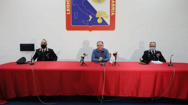 arresti Petilia Policastro, operazione eolo, Calabria, Cronaca