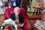 Paola, l'ultima materassaia compie 100 anni