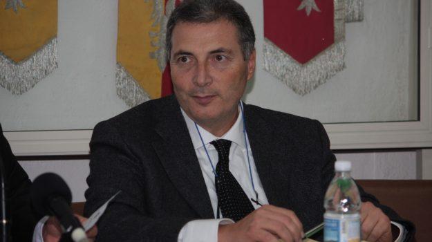 calabria, ritardi, vaccini, Italo Reale, Calabria, Politica