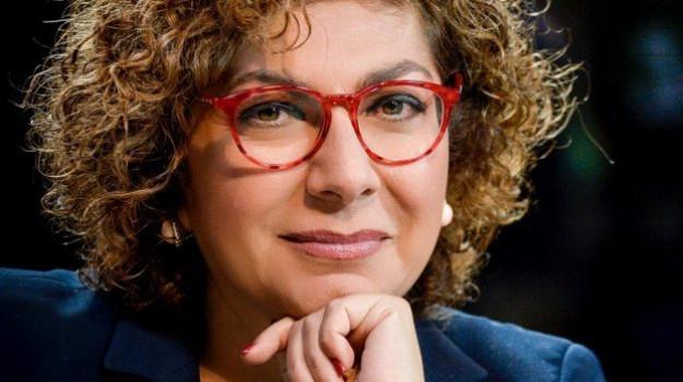 Michela Giuffrida, Sicilia, Politica