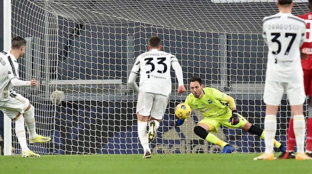 Tutto facile per la Juventus, ora c'è l'Inter. Spettacolo Atalanta