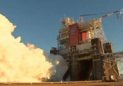 Nasa, il test del razzo lunare si interrompe bruscamente: I motori si sono spenti prima del previsto - Ansa