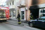 Incendio danneggia un negozio nel centro di Barcellona