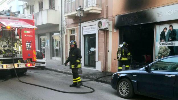 barcellona, incendio, Messina, Cronaca