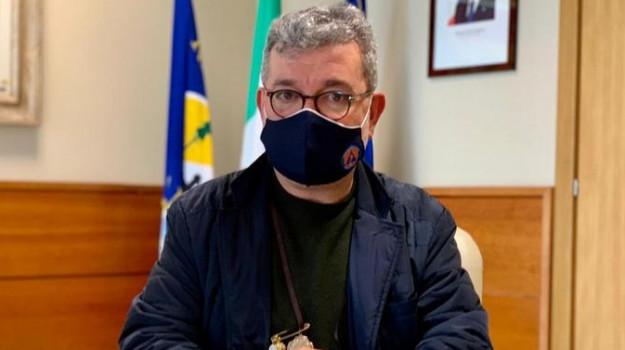 coronavirus, scuole, sindacati, vaccini, Nino Spirlì, Calabria, Cronaca