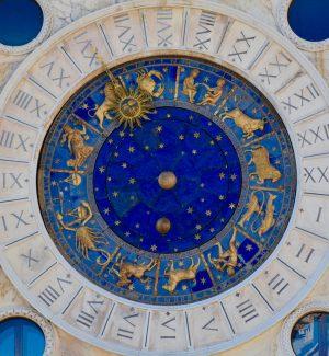 L'Oroscopo 2021 di Barbanera - Qual è il segno più fortunato dell'anno?