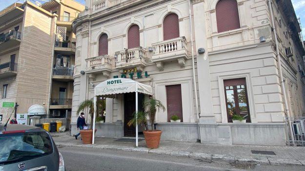covid hotel, hotel lungomare, rinuncia, Reggio, Cronaca