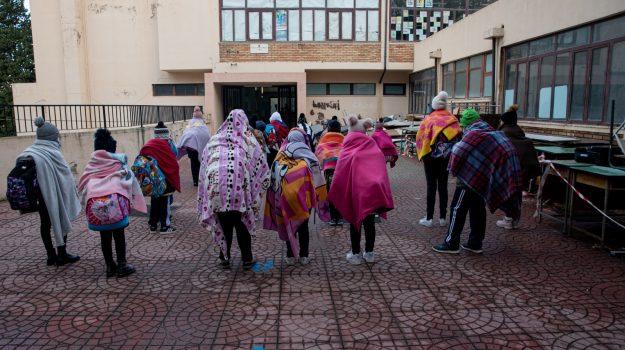 alunni intirizziti, aule fredde, mosorrofa, Reggio, Cronaca
