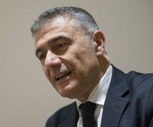 """Ristori, Pecoraro Scanio """"urge commissario per turismo-ristorazione"""""""