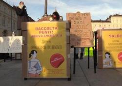 """Scuola, popolo anti dad torna in piazza a Torino: «Dal Governo solo false promesse» """"Oggi sono 169 giorni che i nostri ragazzi non tornano in aula, basta prenderci in giro"""" - Ansa"""
