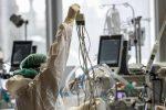 Virus e varianti, altre otto vittime e 176 casi nel Cosentino