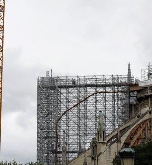 Parigi, conclusa la messa in sicurezza di Notre Dame: al via il restauro